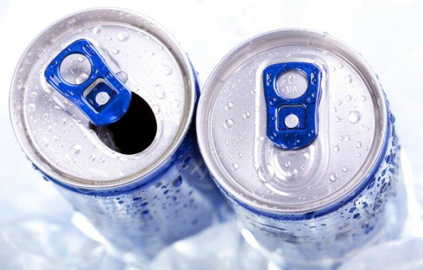 [Álcool com energético é perigoso, pode causar rompimento de artérias e até infarto]