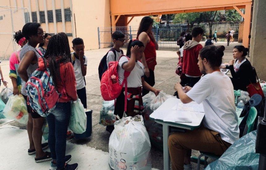 [Programa de vantagens criado por startup brasileira troca cursos e serviços de saúde por material reciclável]