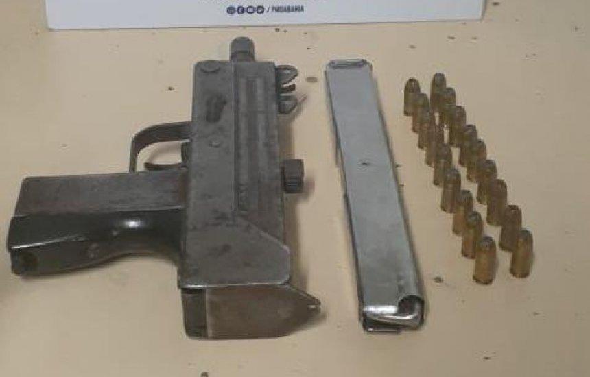 [Após denúncia, metralhadora é apreendida pela polícia em Dias D'Ávila]