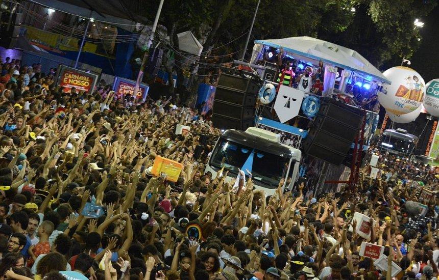 [Carnaval: Baiana System, Bell Marques, Lincon e Ivete estão entre as atrações deste domingo]