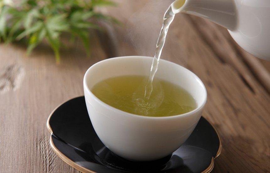 [5 opções de chá para gases que vão te aliviar]