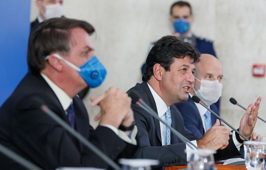 [Bolsonaro deve demitir Mandetta ainda nesta segunda (6), diz jornal]