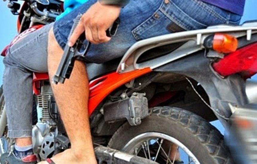 [Motocicleta é tomada de assalto em Monte Gordo]