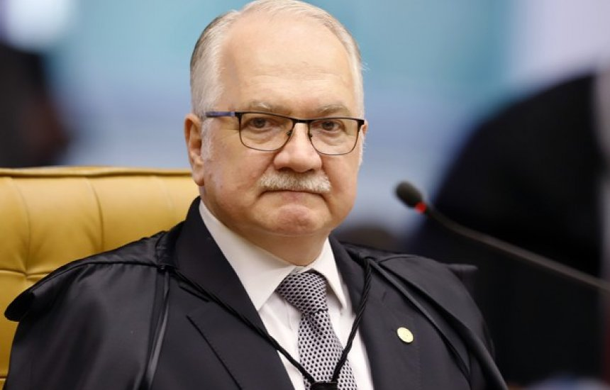 [Ministro Fachin diz que não há saída para crise fora da democracia]