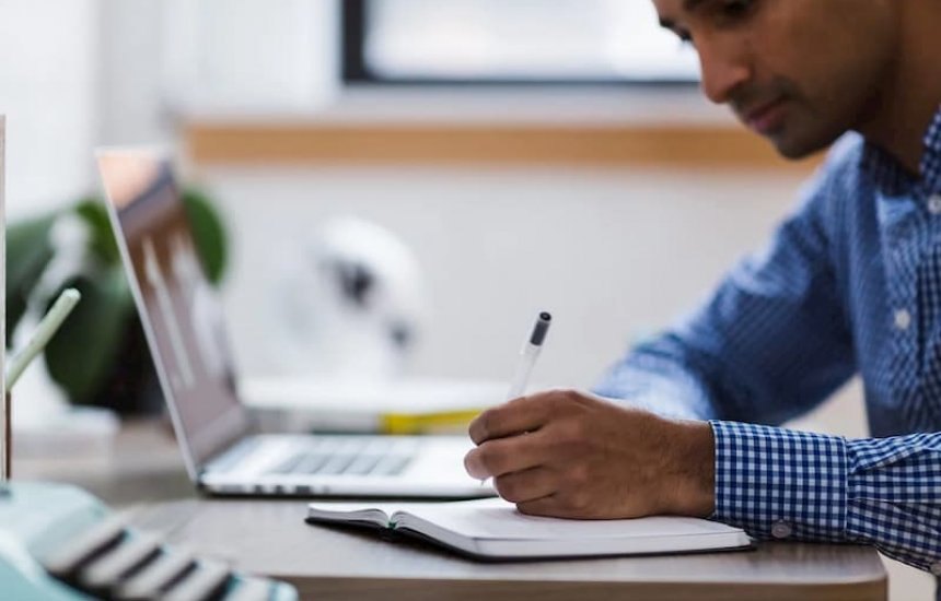 [Pronatec oferta 6.710 vagas em cursos online para estudantes da rede pública]