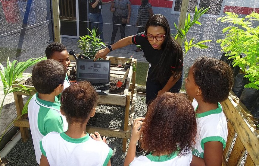 [Brigestone em Camaçari celebra 1 ano do Centro de Educação Ambiental]