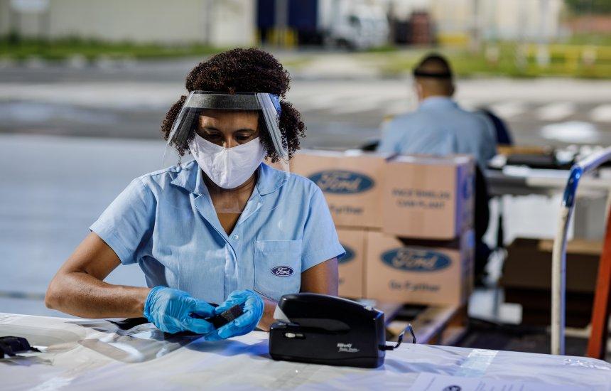 [Ford: Mais de 8 mil máscaras são doadas para municípios de Simões Filho, Candeias e Lauro]