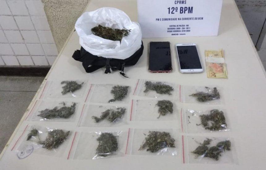 [Dupla é presa por tráfico de drogas no Jardim Limoeiro]