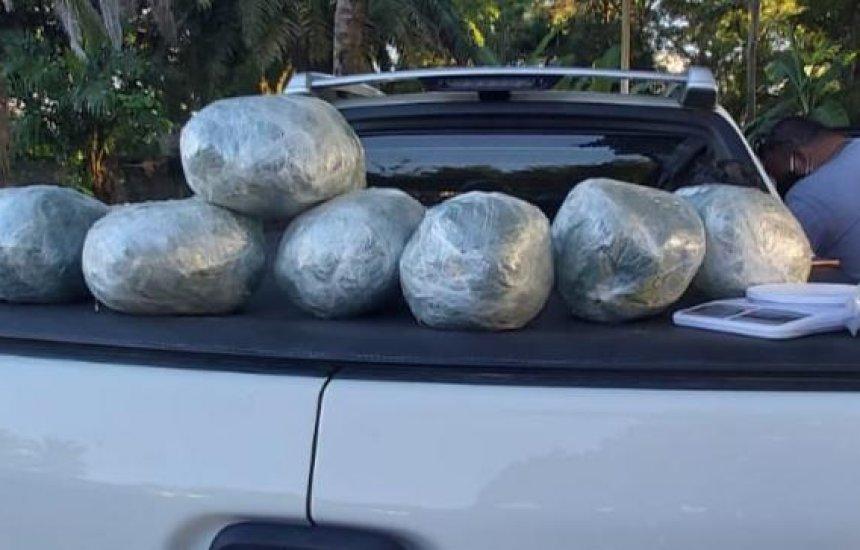 [Operação resulta na apreensão de 7 quilos de maconha e 260 pedras de crack em Camaçari]