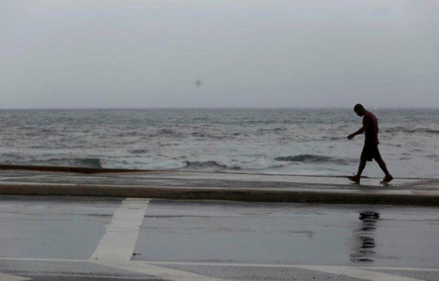 [Salvador tem previsão de céu nublado e chuva para o fim de semana]