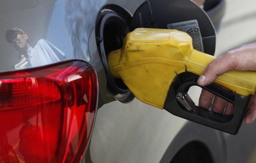 [Nova gasolina entra em vigor: entenda como isso vai afetar o seu carro]