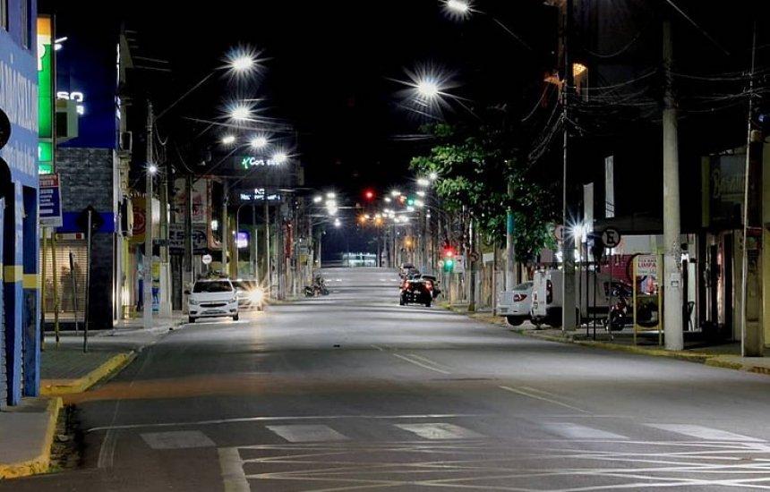 [Governo determina toque de recolher em mais 33 cidades da Bahia]