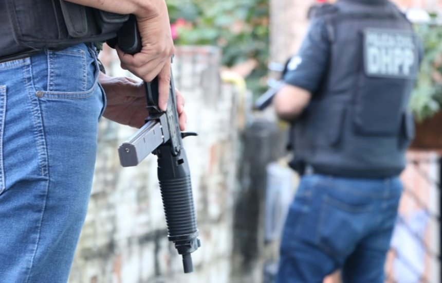 [Polícia Civil cumpre mandado de prisão contra suspeito de homicídio ocorrido na Lama Preta]
