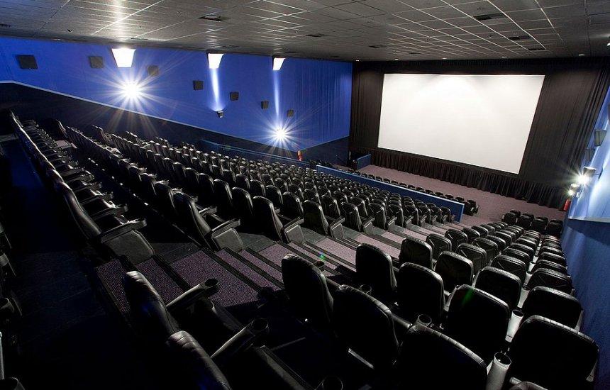 [Cinemas de Salvador voltam a funcionar a partir de quinta-feira (17)]