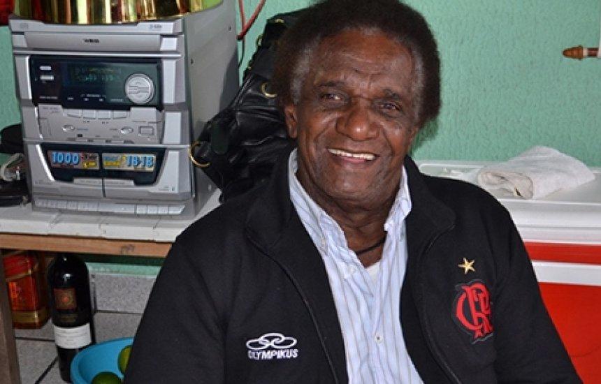Ídolo do Flamengo, ex-atacante Silva 'Batuta' morre aos 80 anos
