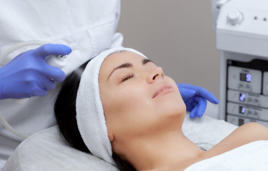 [Ozonioterapia: conheça os benefícios ao utilizar a técnica na pele]