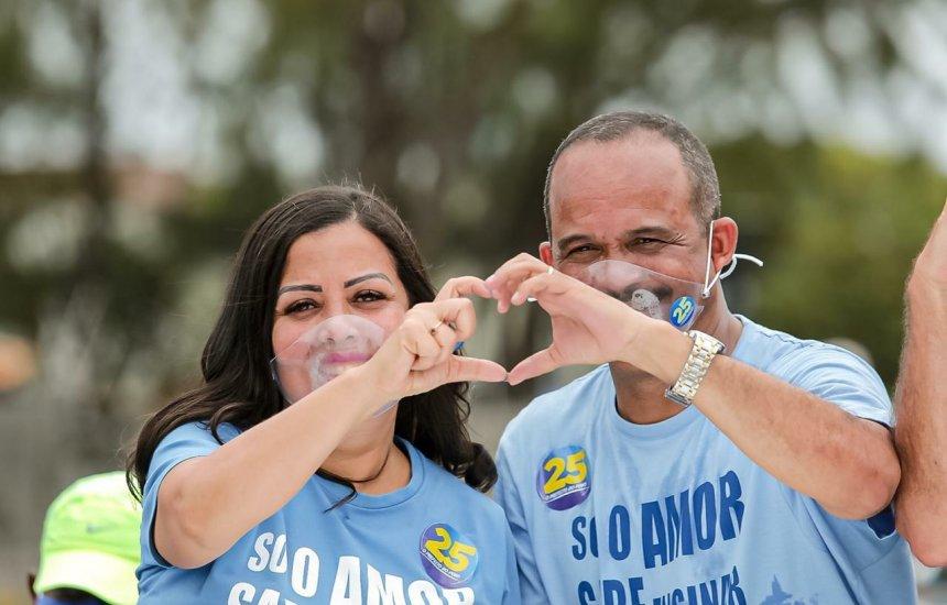 [Eleições 2020: Elinaldo realiza grande carreata na orla de Camaçari]
