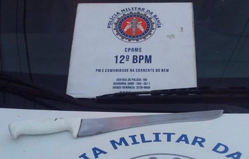 [Polícia prende homem que ameaçava moradores com faca no Phoc I]