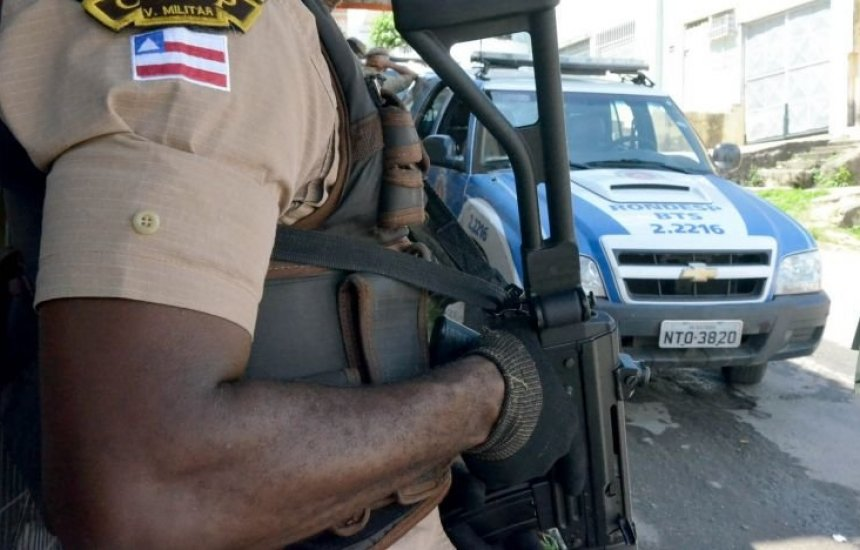 [Taxista e passageiro são mortos a tiros no bairro da Calçada]