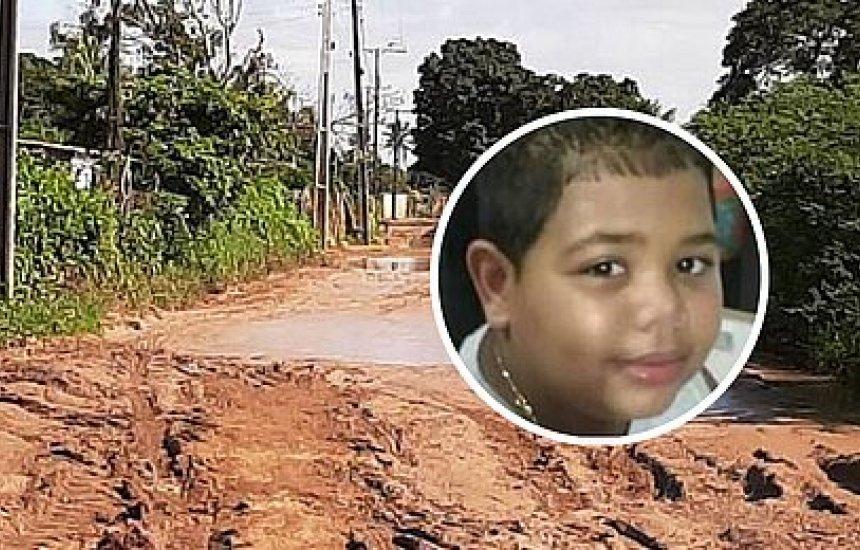 [Criança morta durante assalto em Feira de Santana é enterrada sob forte comoção]