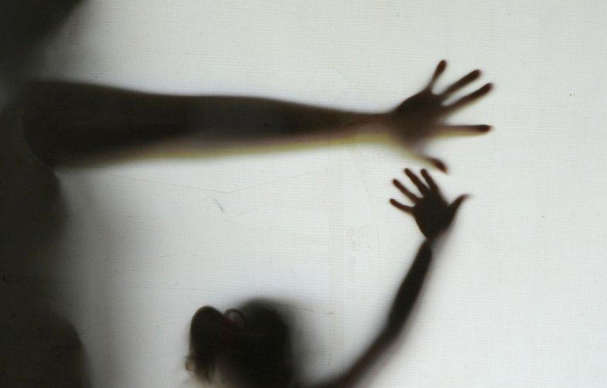 [Criança de 3 anos é estuprada e assassinada em Salvador; mãe é autuada por abandono de incapaz]