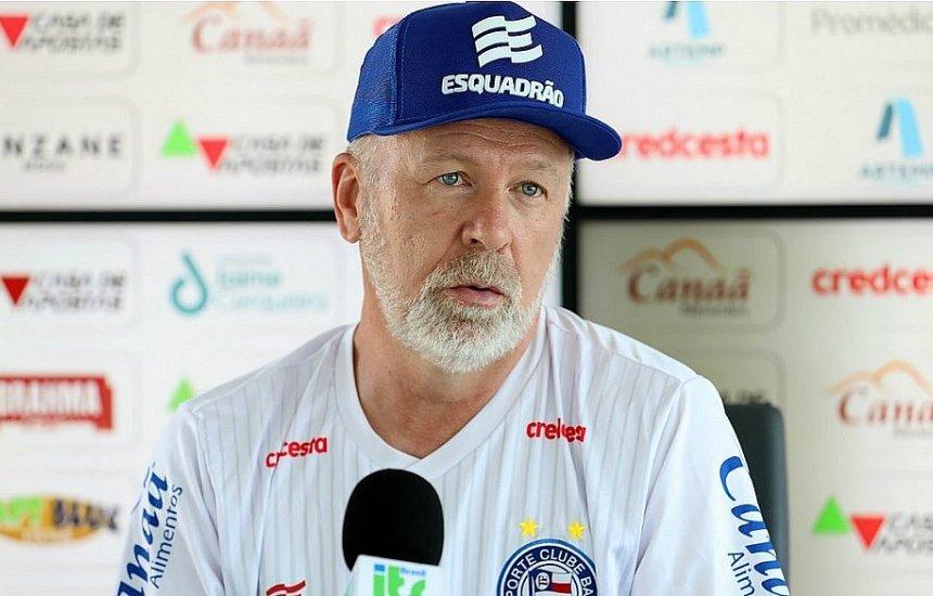 [Mano Menezes é suspenso por quatro jogos por xingar arbitragem]