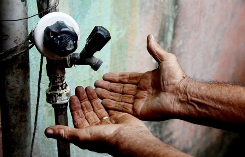 [Obra de drenagem do Rio Ipitanga interrompe abastecimento de água em Camaçari e Lauro]
