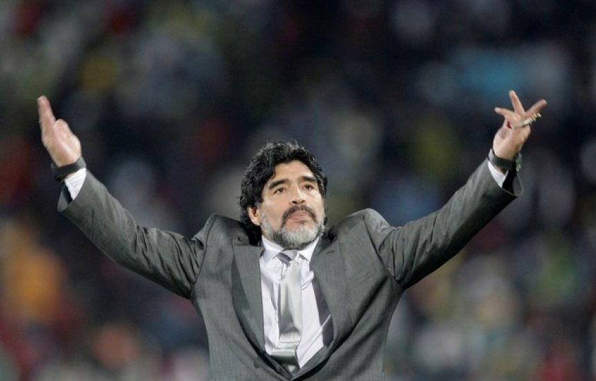 [Coração de Maradona é extraído para autópsia, afirma site]