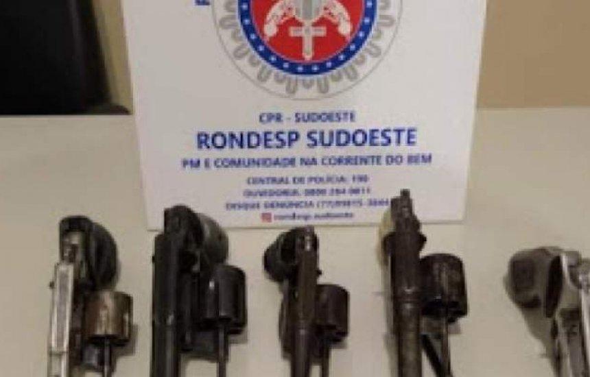[Cinco suspeitos de assalto são mortos em troca de tiros com a polícia em Vitória da Conquista]