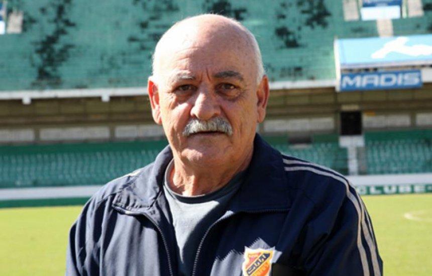 [Ex-Seleção Brasileira, José Luiz Carbone morre aos 74 anos]