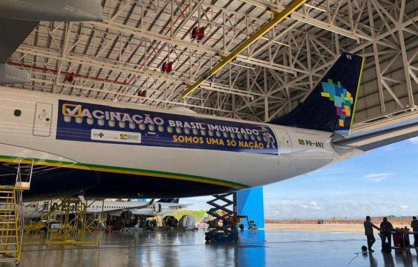 [Temendo nova variante da Covid-19, Reino Unido bane voos do Brasil]