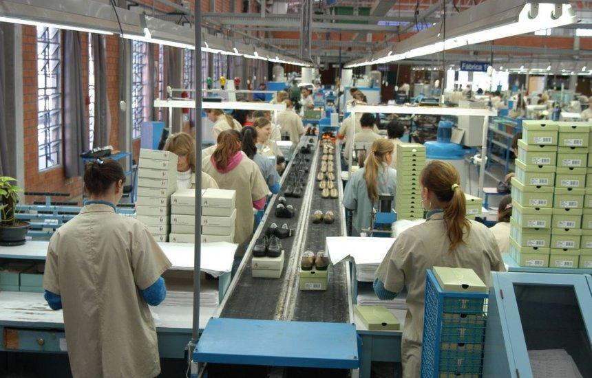 [Faturamento da indústria cresce 8,7% em janeiro, diz CNI]