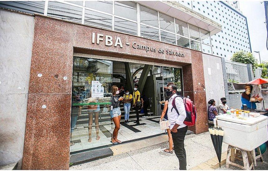 Ifba desiste de ofertar quase cinco mil vagas e terá que devolver R$ 3 milhões ao MEC