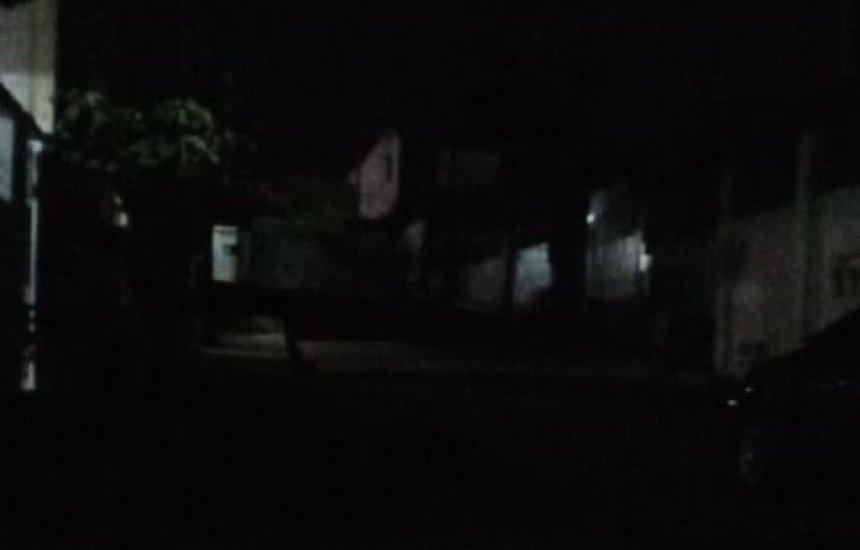 ['A rua à noite fica totalmente escura', diz moradora da Lama Preta]