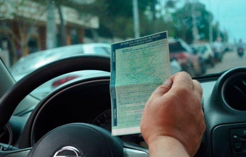 [Donos de veículos com placas de final 5 e 6 podem pagar IPVA com 5% de desconto até final de maio]