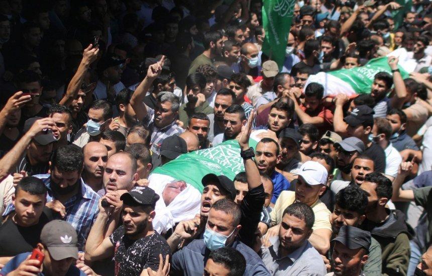 Número de mortos em Gaza sobe para 83; Israel anuncia envio 'massivo' de forças de segurança