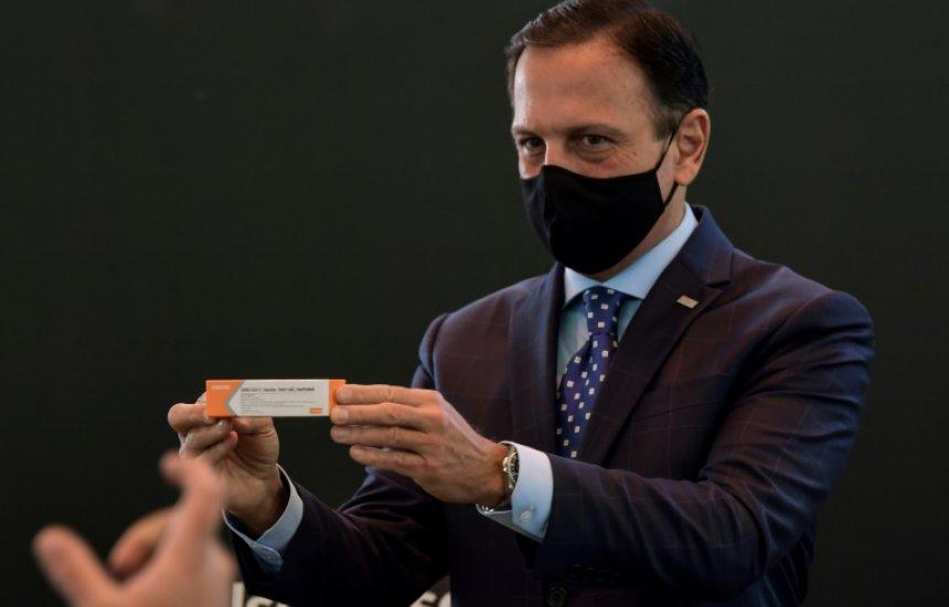 [Documento mostra que Ministério da Saúde não queria 'protagonismo de Doria' na vacinação do Brasil]