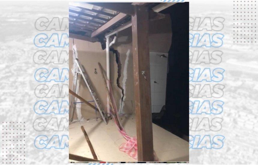 [Justiça embarga obra após desabamento de casas no Parque Nascente do Rio Capivara]