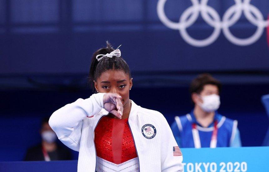 [Simone Biles desiste da final individual geral nas Olimpíadas de Tóquio 2020]