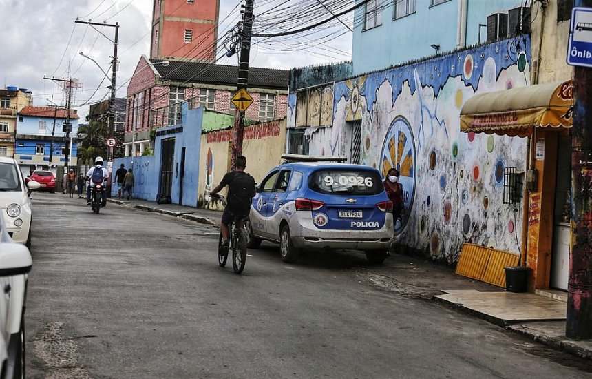 [Salvador: mortos em festa paredão eram jogadores sem ligação com crime, dizem moradores]