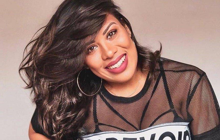 [Raquel Carvalho promove diversidade musical no happy hour do Boulevard]