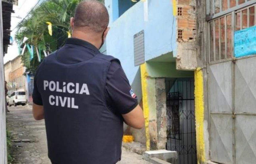 [Suspeito de esfaquear rosto da companheira é preso em flagrante em Dias D'Ávila]