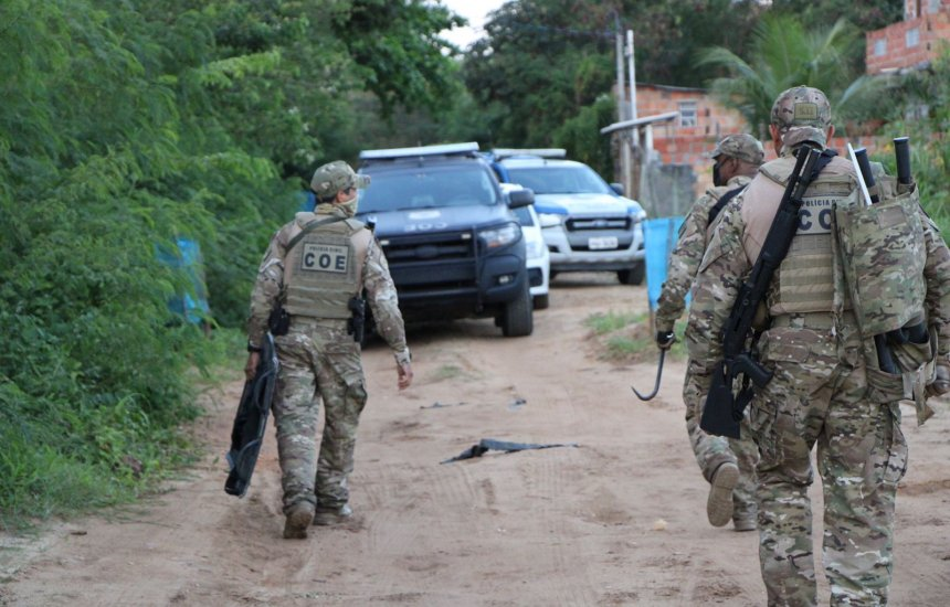 [Suspeito de envolvimento na morte de PM morre em confronto em Camaçari]