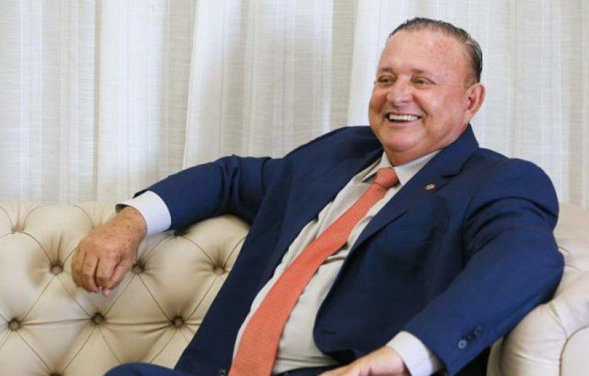 [Deputado Adolfo Menezes diz que é cedo para disputar vaga no governo da Bahia]