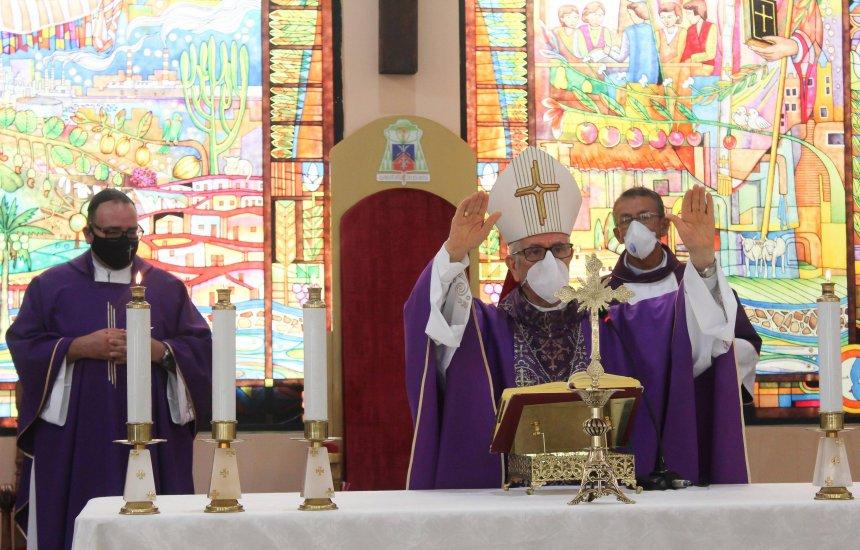 [Papa acolhe renúncia de Dom João Carlos Petrini e nomeia novo bispo para Camaçari]